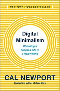 Дигитален минимализъм: Избор на фокусиран живот в шумен свят